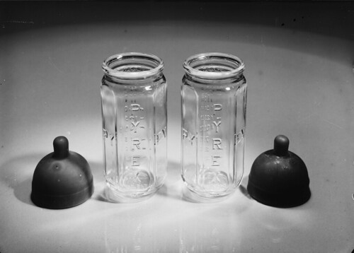Tetinas e biberões Pyrex, Instituto Pasteur