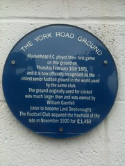 Photo of Maidenhead United Football Club blue plaque