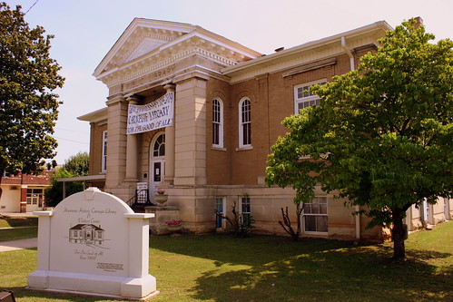 Carnegie Library - Harriman, TN