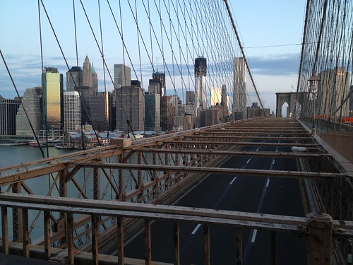 Brooklyn Bridge 5:30am = Lovely