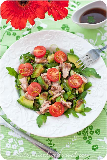 Рецепт салата с тунцом в собственном соку