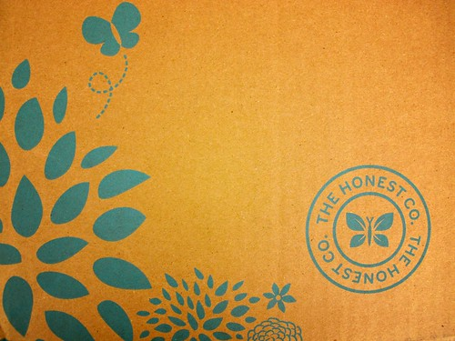 The Honest Company: Shipping Box Exterior