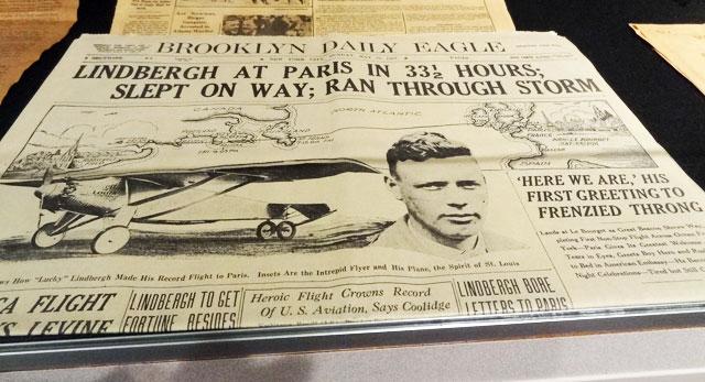 lindbergh-paris-newspaper