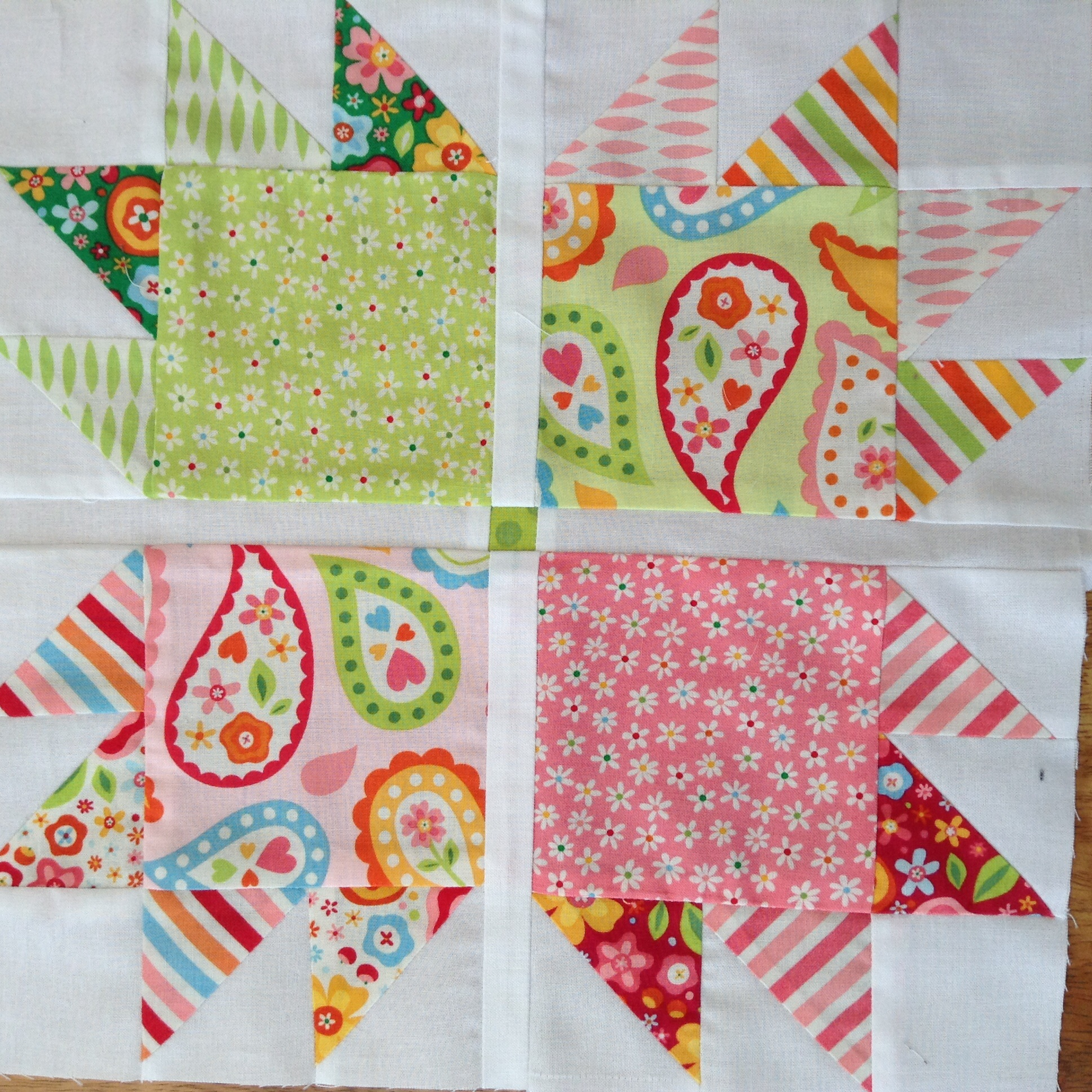 4x5Modern Quilt Bee Hive#1
