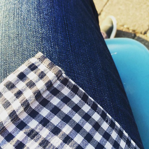 Bring on the gingham, patios, & sunshine! ☀️