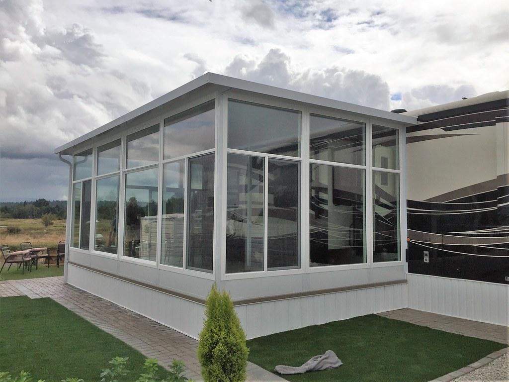 Sunrooms Solariums And Enclosures Aaa Aluminum