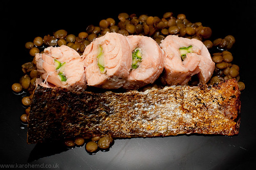 Ballotine of salmon and asparagus, crispy salmon skin, lentils
