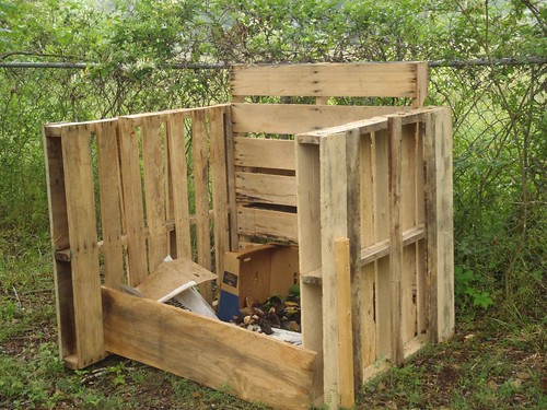 how to build a compost bin video