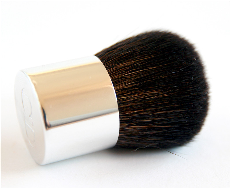 diorskin nude tan 002 amber brush
