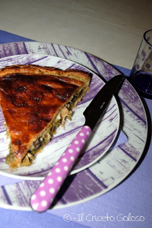 Rustico di sfoglia con broccoletti, tonno e olive 3