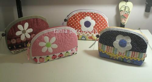 Necessaires.....+ florais..... by tania patchwork