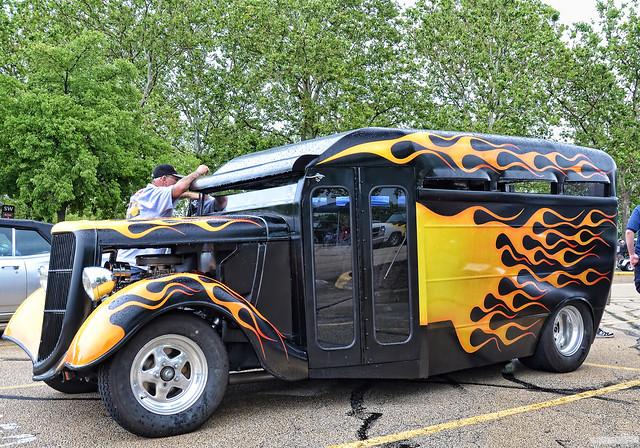 custom school bus flickr photo sharing. Black Bedroom Furniture Sets. Home Design Ideas