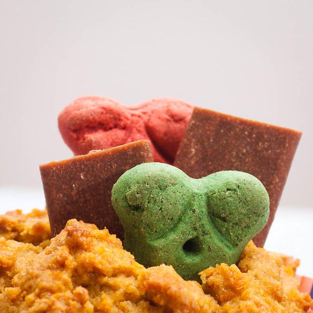 Mitzi birthday cupcake-1