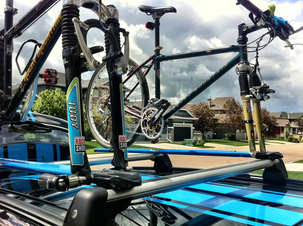 Roof Rack For 2 Mountain Bikes North American Motoring