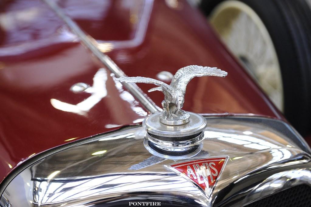 1935 Alvis Silver Eagle SG saloon