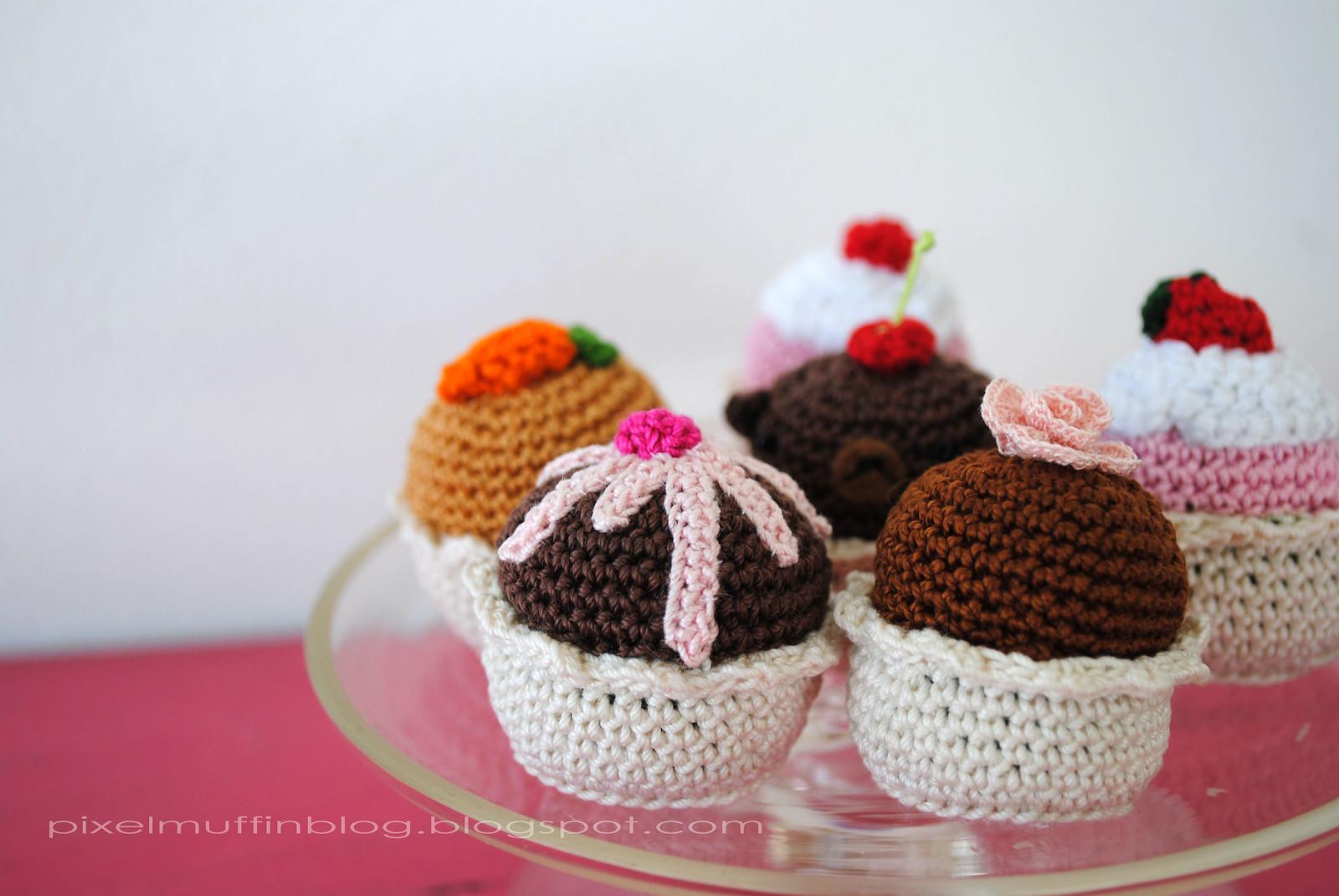 Cupcake Amigurumi Patron Gratis : Mas de 1000 imagenes sobre Pastelitos y helados crochet en ...