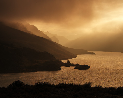 sunset lake fog night central nz otago dunstan