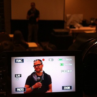 Cory Doctorow teaches kids how to hack their school network at #Defcon Kids.