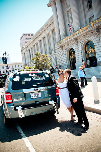 Julie Michelle Photography San Francisco City Hall Wedding Zipcar