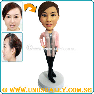 Personalized 3D Pretty Fashionable Female Figurine - © www.unusually.com.sg