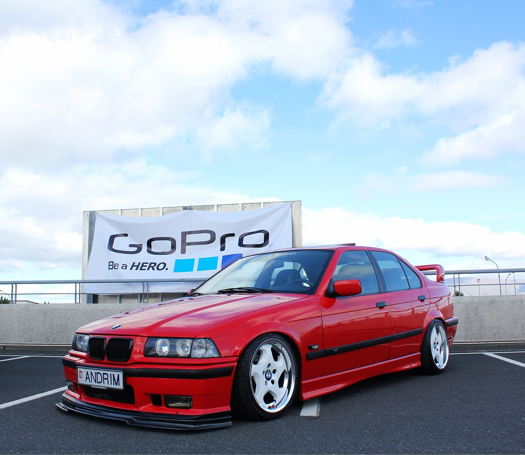 1995 Bmw M3: The Duo From Iceland, E36 Content