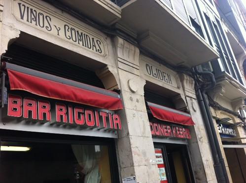 El Bar Rigoitia o la casa Olden o el Turco del Ayuntamiento en Bilbao by LaVisitaComunicacion