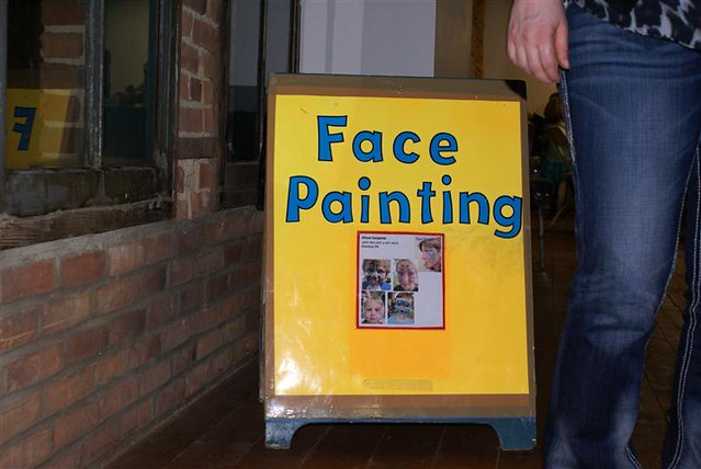 Face Painting Signs http://www.flickr.com/photos/roslynlibraryphotos/6872349420/