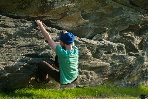norway 50mm nikon climbing bouldering d200 nikkor 18 2012 fjørå