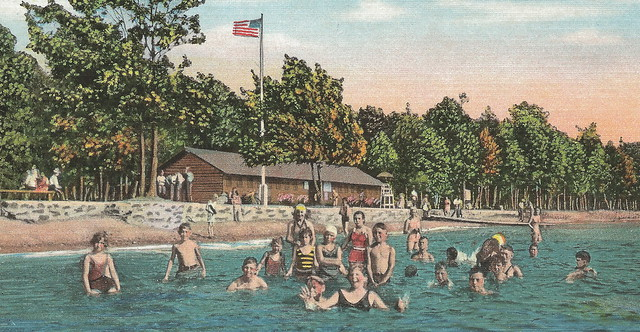 Up iron mountain mi up beach babes and bath house and for Bath house michigan