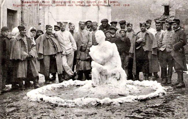 bonhomme de neige des militaires lors des manifestations de Graulhet le 2 avril 1910 météopassion