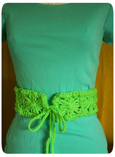 Flower Loom Belt with tee