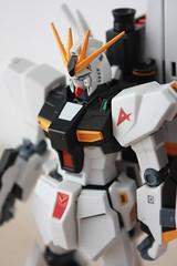 [ROBOT魂] #115 RX-93 v GUNDAM