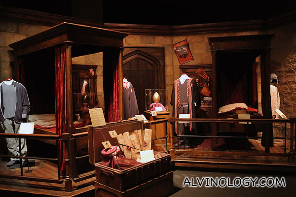 Harry Potter and Ron Wesley's dorm rooms