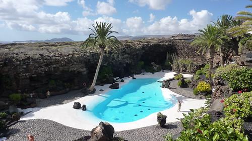 La piscina de los Jameos del Agua