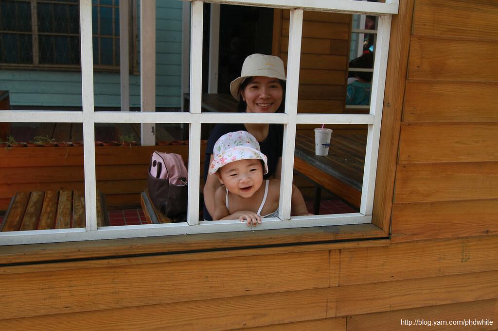 2011_2H_Photo