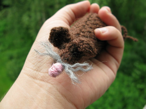 A knitted mouse