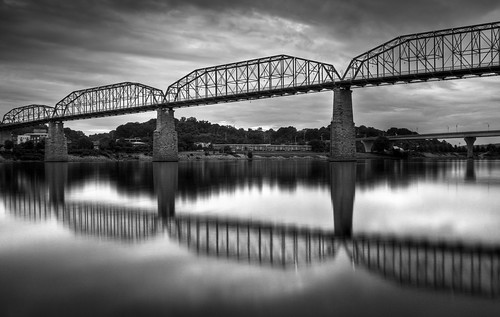 longexposure bridge blackandwhite bw chattanooga river landscape tn cloudy tennessee tennesseeriver