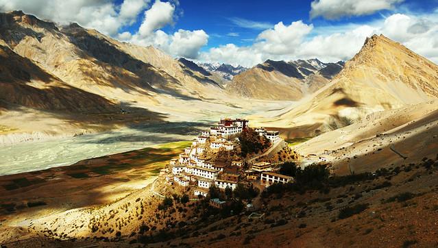 Ki monastery, Tibet - Flickr CC Jedimentat44