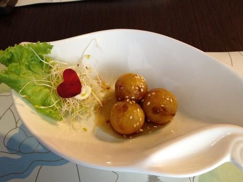 雲興霞蔚(梅汁黃金球)