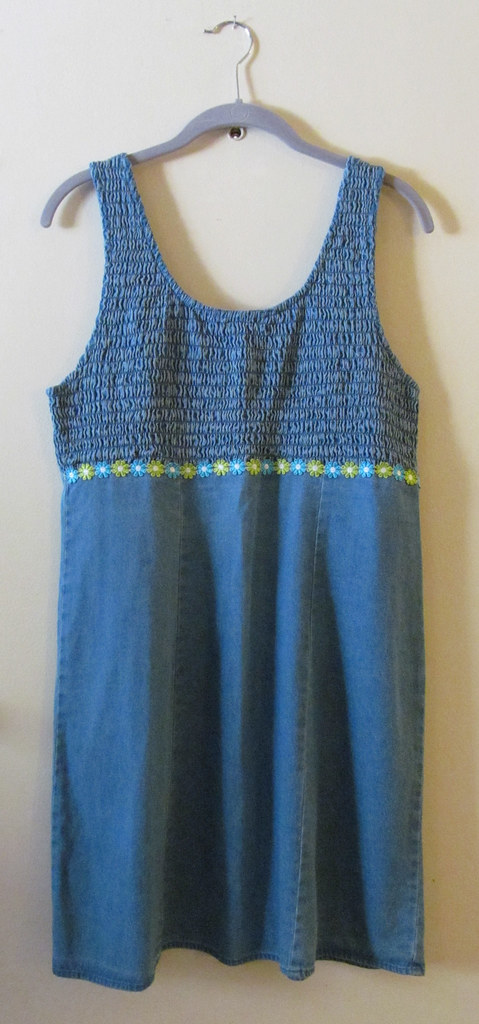 Smocked Chambray 90s Dress Front