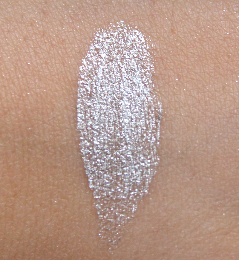 IsaDora stardust cream mousse eye shadow swatch