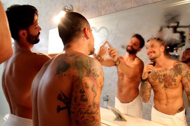 Cantor grava clipe com romance gay e quebra heteronormatividade do ritmo sertanejo