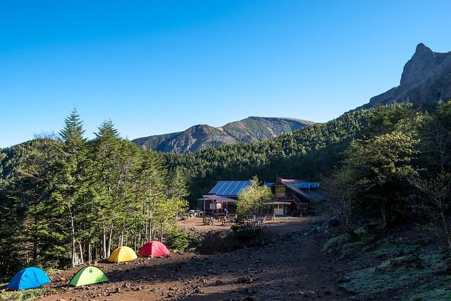 行者小屋と硫黄岳