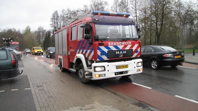 10-04-2012_PRIO-1-Brand-FabrikageOpslag-Slotboom-H-J_BV_Timmerfabriek_Industrieweg_Remco (8)