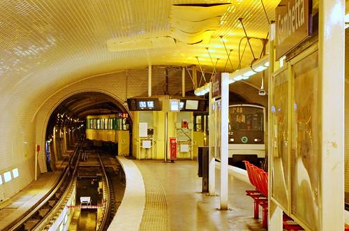 Paris, Métro Gambetta Ligne 3bis 3