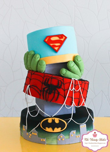 Superohero Cake-1