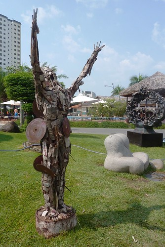 V 12-Ho Chi Minh-Parc--sculptures (3)
