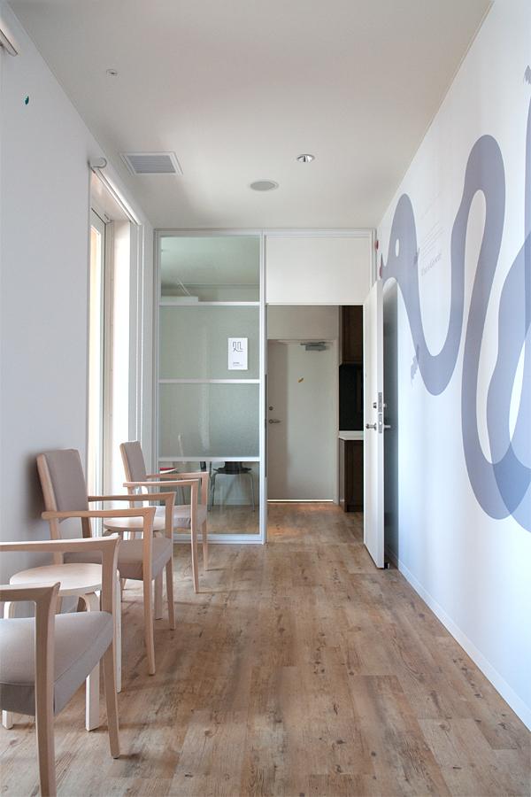 内視鏡室の待合|友愛診療所