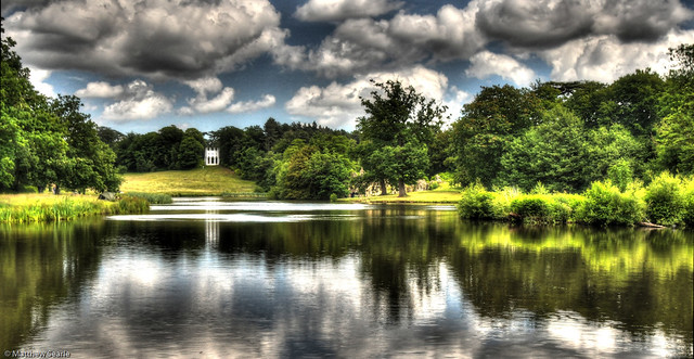 Painshill Lake in HDR