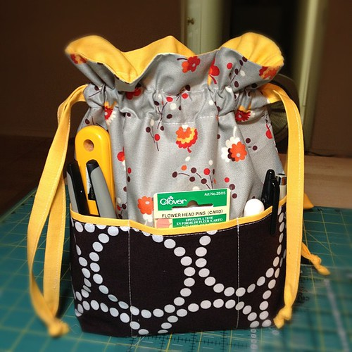 Lined Drawstring Bag Pocket Tutorial - In Color Order